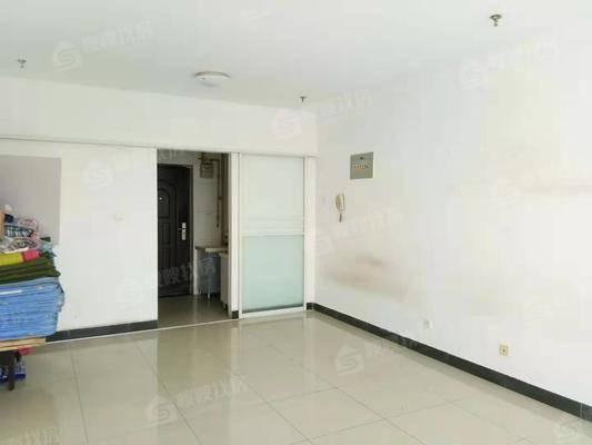 汇特大厦1室0厅1卫50㎡