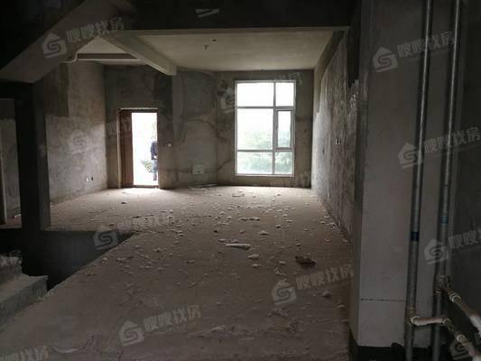 江水西岸别墅4室2厅4卫282㎡
