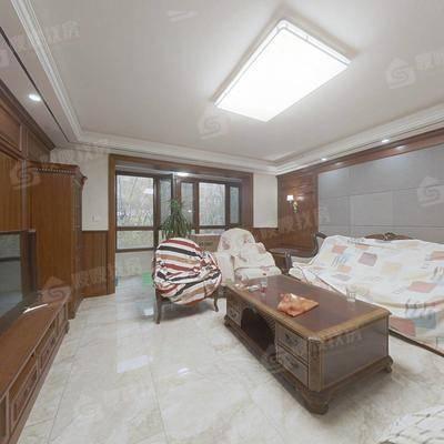 天山熙湖3室2厅3卫140㎡